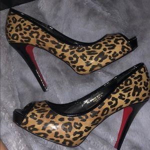 Colin Stuart Cheetah print heels